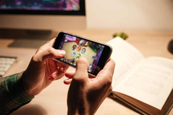 How Can Your Hack Your Favorite Mobile Games?