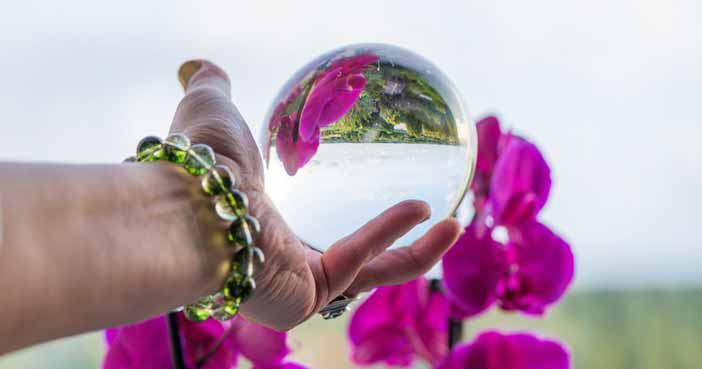 How to Make Crystal Ball Bracelet