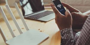What is the Use of Wi-Fi in Mobile Phone?