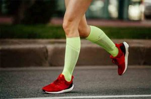 Read more about the article The Top Benefits of Wearing Compression Socks